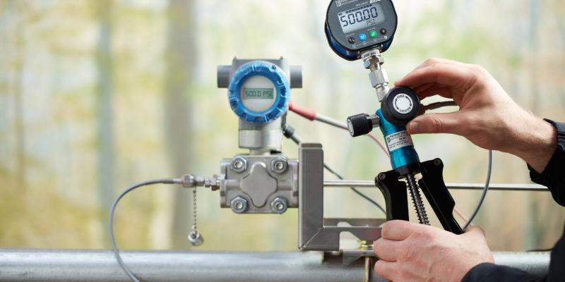 Ralston Instruments Pneumatic Scissor Hand Pump